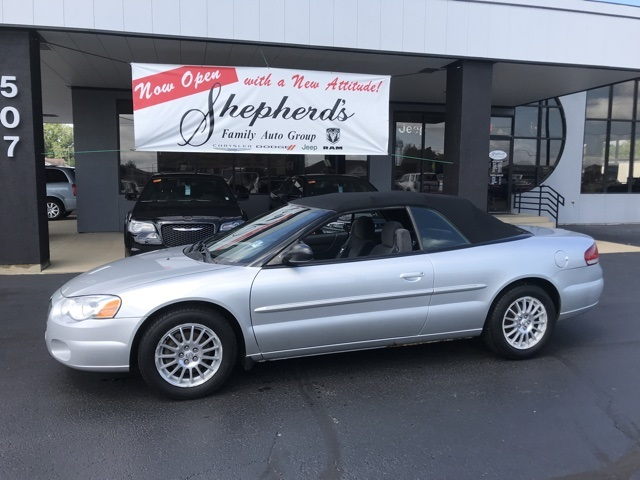 Pre Owned 2005 Chrysler Sebring Touring Fwd 2d Convertible